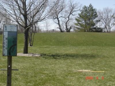 Founders Sports Park, The Farm, Hole 1 Short tee pad