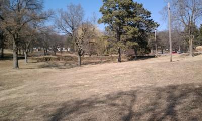 McNish Park, Main course, Hole 2 Tee pad