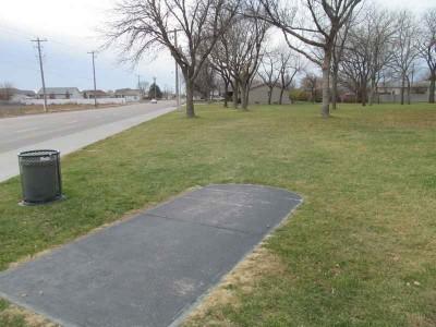 Centennial Park, Main course, Hole 1 Tee pad