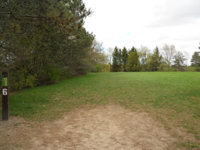 Memorial Park, Main course, Hole 6 Tee pad