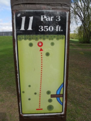 Memorial Park, Main course, Hole 11 Hole sign