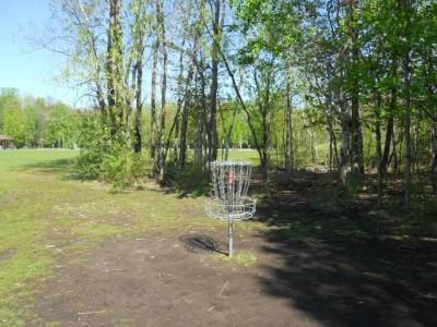 Tittabawassee Park, Main course, Hole 3 Putt