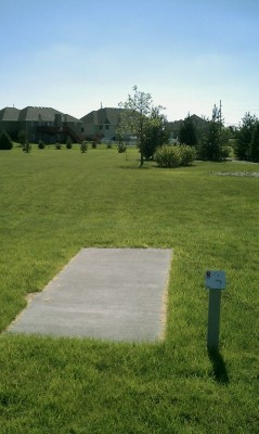 Deer Run Park, Main course, Hole 4 Tee pad