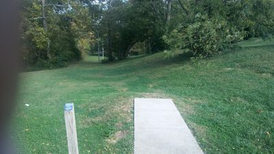 Crestmont, Main course, Hole 12 Long tee pad