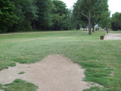 Fitzgerald Park, Main course, Hole 3 Tee pad