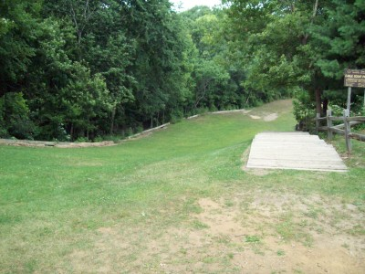 Fitzgerald Park, Main course, Hole 10 Tee pad