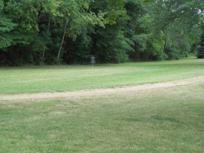 Fitzgerald Park, Main course, Hole 3 Midrange approach