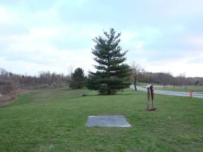 Lemon Lake County Park, Blue, Hole 2 Tee pad