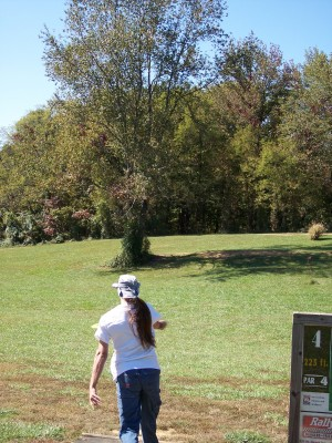 Eagle Valley at USI, Main course, Hole 4 Tee pad