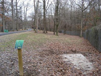 Mesker Park, Main course, Hole 16 Tee pad