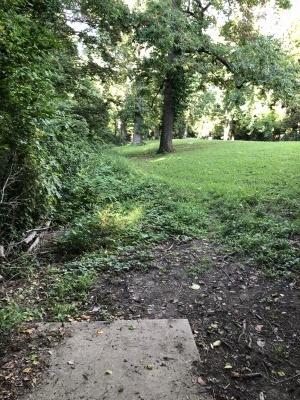 Mesker Park, Main course, Hole 15 Long tee pad