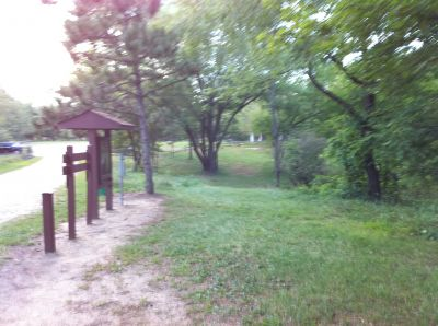 Ox Bow County Park, Main course, Hole 1 Tee pad