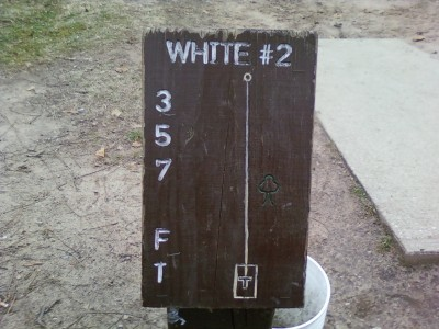 Earl W. Brewer Park, White course, Hole 2 Hole sign
