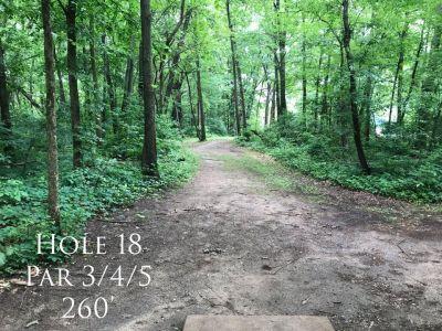 Ferrettie Baugo Creek County Park, Main course, Hole 18 Tee pad