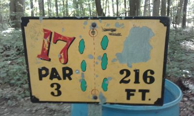 Honeybear Hollow Campgrounds, Main course, Hole 17 Hole sign