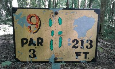 Honeybear Hollow Campgrounds, Main course, Hole 9 Hole sign