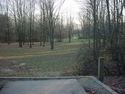 Mississinewa State Park, Main course, Hole 7 Tee pad