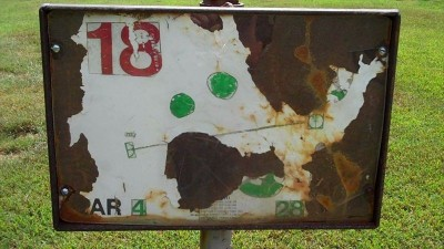 Deming Park, Main course, Hole 18 Hole sign