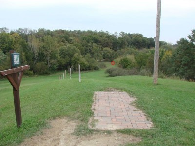 Rogers Lakewood Park, Main course, Hole 14 Tee pad