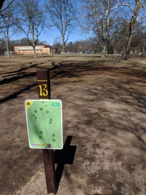 Garfield Park, Main course, Hole 13 Tee pad