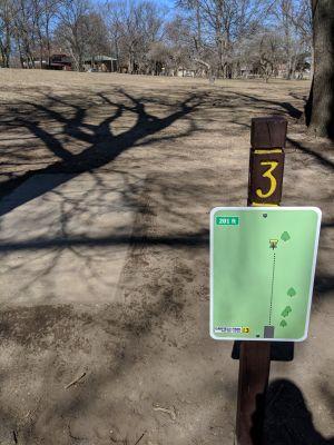Garfield Park, Main course, Hole 3 Tee pad