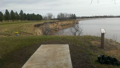 Patterson Lake, Main course, Hole 9 Tee pad