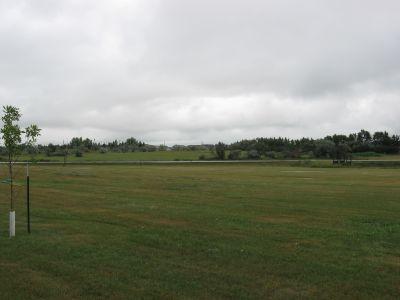 Minot Air Force Base, Main course, Hole 7 Long tee pad