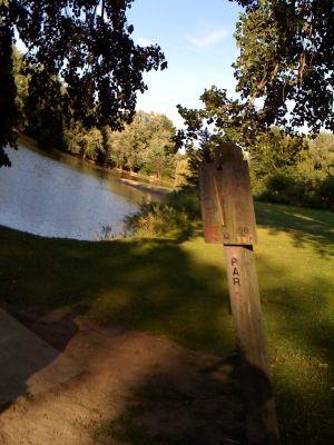 Riverside Park, Main course, Hole 15 Hole sign