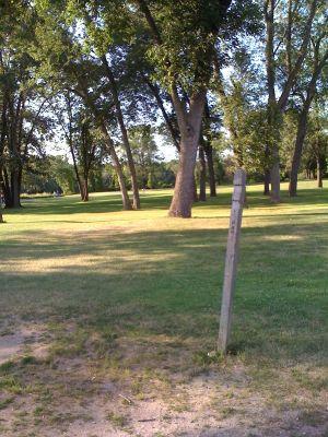 Riverside Park, Main course, Hole 9 Hole sign