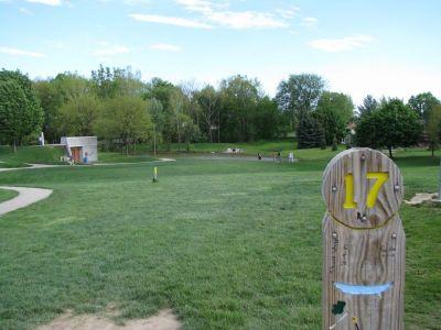 Old Farm Park, Main course, Hole 17 Tee pad