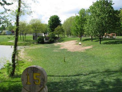 Old Farm Park, Main course, Hole 15 Tee pad