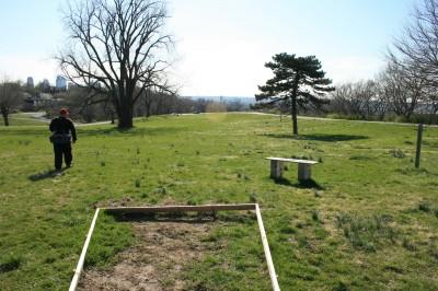 Kessler Park (Cliff Drive), Main course, Hole 13 Tee pad