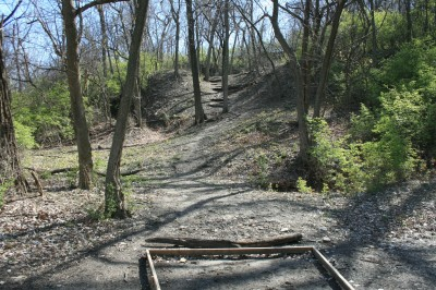 Kessler Park (Cliff Drive), Main course, Hole 5 Tee pad
