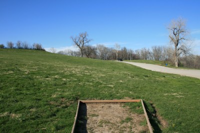 Kessler Park (Cliff Drive), Main course, Hole 18 Tee pad