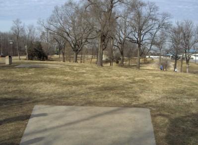Swope Park, Main course, Hole 5 Long tee pad