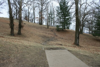 Water Works Park, Main course, Hole 10 Tee pad