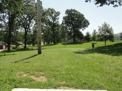 Rotary Park, Main course, Hole 2 Long tee pad