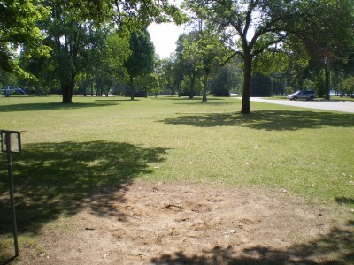 Baw Beese Lake / Owen Park, Main course, Hole 2 Middle tee pad