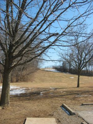 Sioux Passage Park, Main course, Hole 10 Tee pad