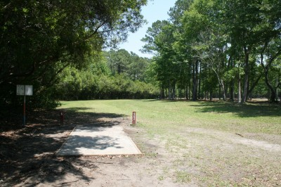 Trophy Lakes, Main course, Hole 7 Middle tee pad
