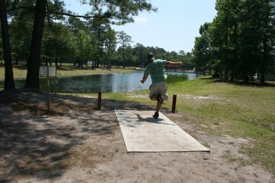 Trophy Lakes, Main course, Hole 10 Middle tee pad