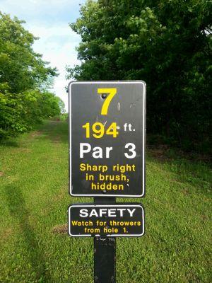 MTU Disc Golf, Main course, Hole 7 Hole sign