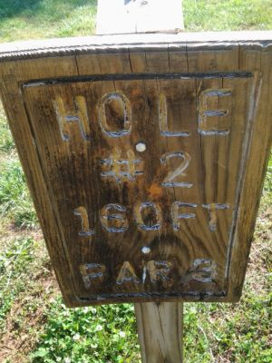 Holmes Park, Main course, Hole 2 Hole sign