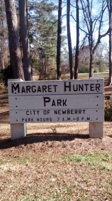 Hunter Park, Main course, Hole 1