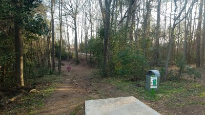 Riverview Park, Main course, Hole 10 Tee pad