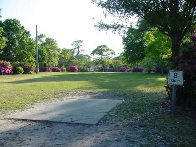 Park Circle, Main course, Hole 8 Tee pad