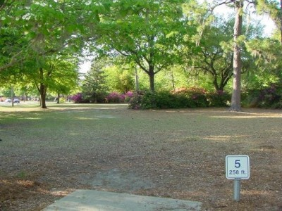Park Circle, Main course, Hole 5 Tee pad
