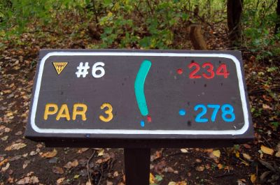 Willow Metropark, Main course, Hole 6 Hole sign