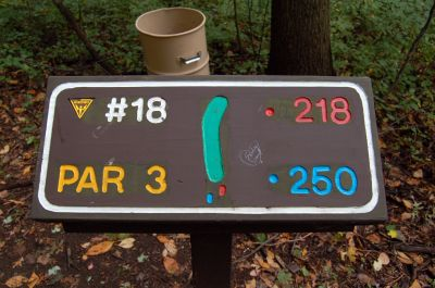 Willow Metropark, Main course, Hole 18 Hole sign
