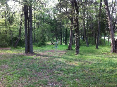 Pratt Park, Main course, Hole 4 Short approach